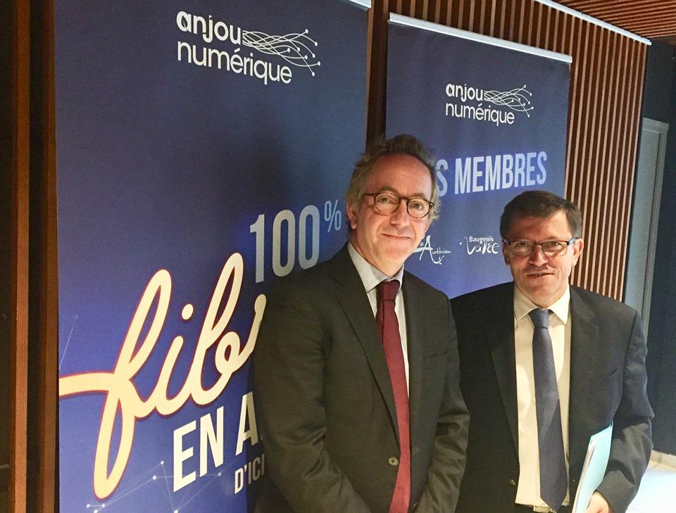 Hugues Wallet, directeur d'Anjou fibre et  Philippe Chalopin, président du syndicat Anjou Numérique